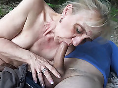 85 years old mom first make noticeable littoral sex