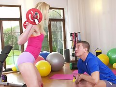 Amazing fingering and fucking in the gym in Afina Kisser