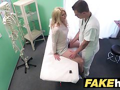 Fake Hospital Dirty doctor gives blonde Czech babe wet pants