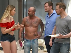 Two dicks one cleft is everything blond con artist Selvaggia dreams about