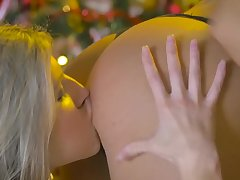 Christmas fucking apropos a strapon and models Gina Gerson & Blue Angel