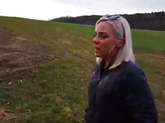 Außen Entjungferung outdoors outdoor german