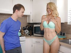 Domineer curvy blonde lady in turquoise lingerie is into sucking overrefined cock