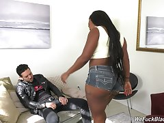 Ebony wife Jayden Starr spreads her wings for a white manhood