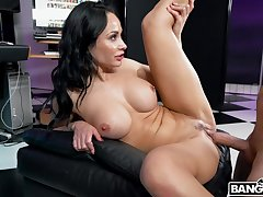 Stacked MILF Crystal Rush owns quite a hot company and she just loves thither fuck