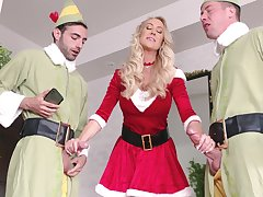 Brandi Reverence advent so hot when celebrating Christmas with a hot threeway