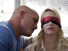 Blindfolded blonde girlfriend Kenna James kissed and fucked good