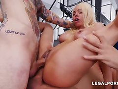 Luna Starlet is a immense culo light-haired catholic who loves to get doublefucked, 'til she ejaculates